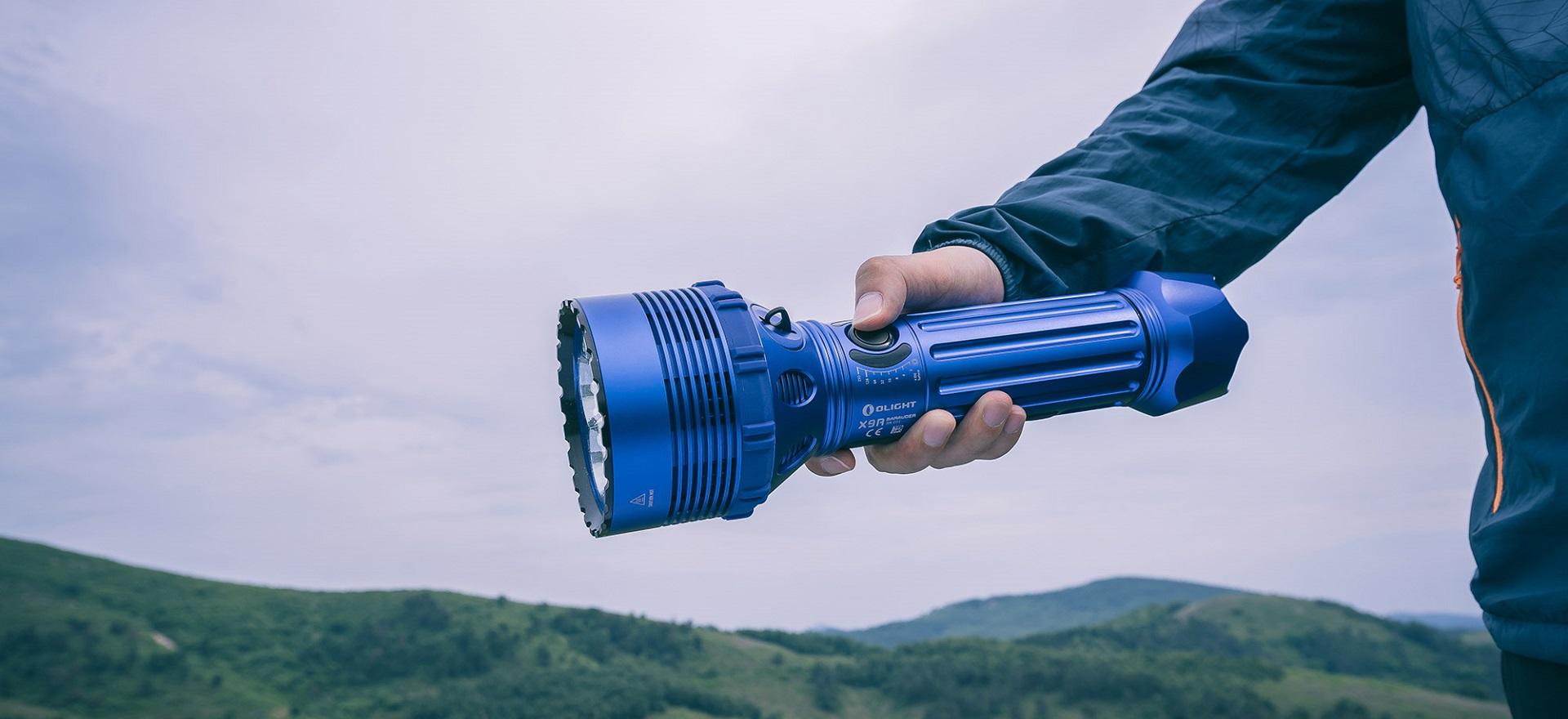 Comment choisir une lampe torche puissante ?