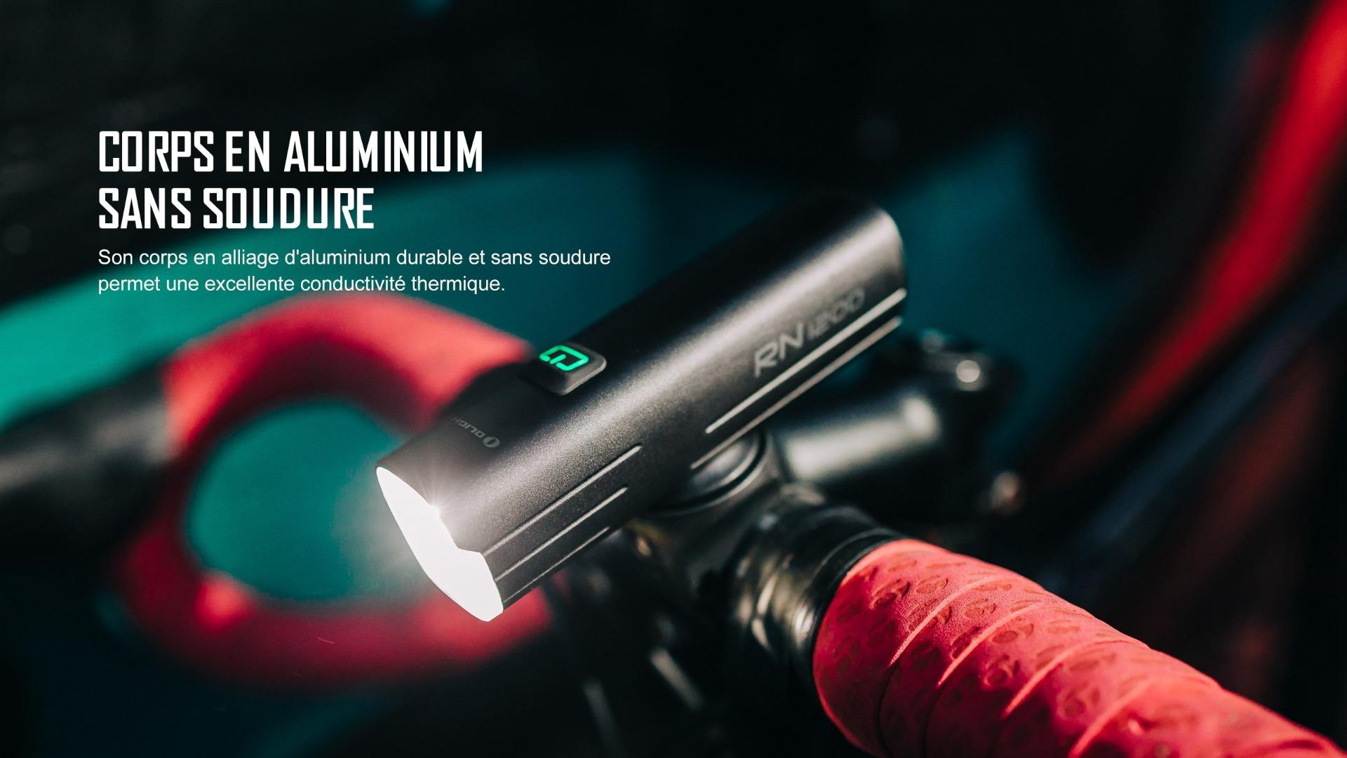 éclairage avant vélo a un corps en aluminium sans soudure