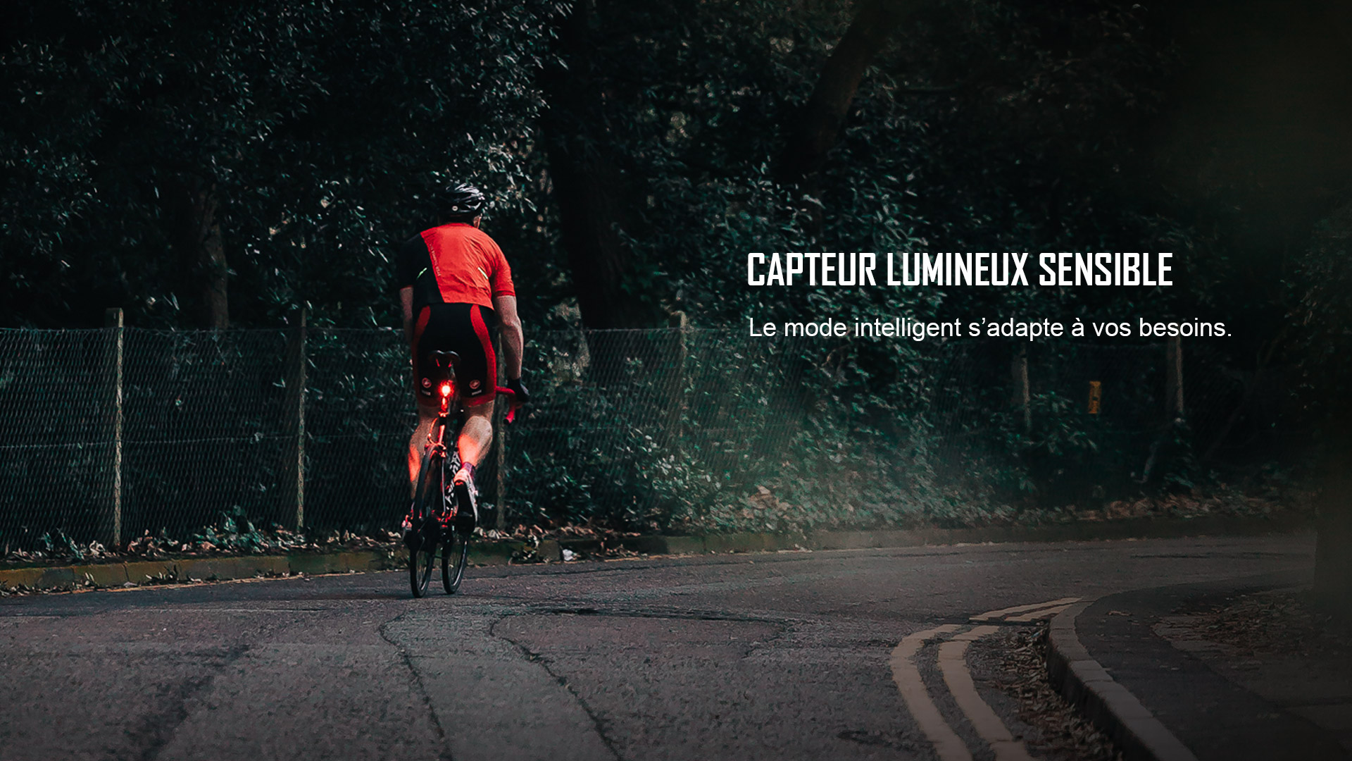 Mode intelligent sensible à la lumière lampe arrière vélo